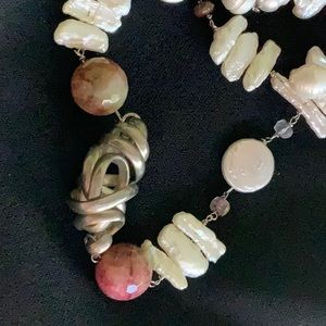 Jewelry - Fresh war we pearl necklace
